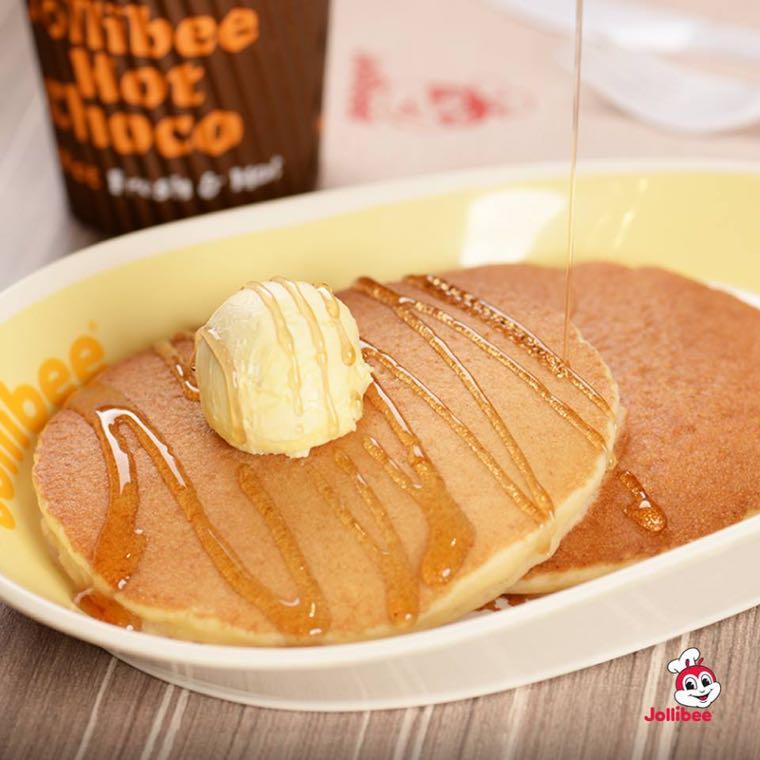 ▲ Jollibee 是菲律賓當地最有名的速食店,不吃漢堡的朋友也可以點他們的美式鬆餅 (Pancake)~