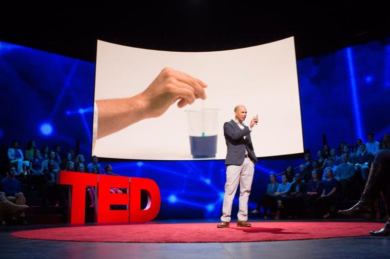 ▲ TED Talk 網站的影片以演講為主,主題非常多元,講者經常是行業專家,除了讓你練習英文聽力、口說,還可以學到各行各業的知識喔!