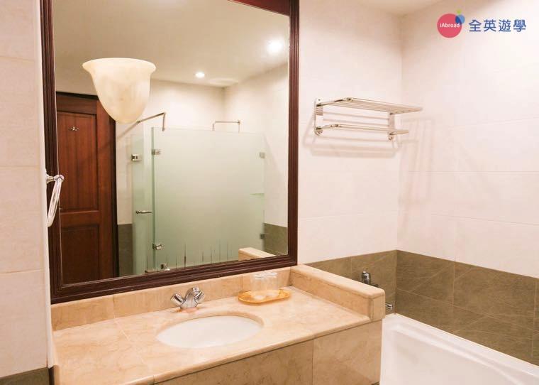 《IDEA Academia 語言學校》校外宿舍 Sarrosa Hotel