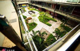《IDEA Cebu 語言學校》位於宿霧市中心 Time Square 2 商場,樓下就有超商、餐廳、按摩店,生活機能佳