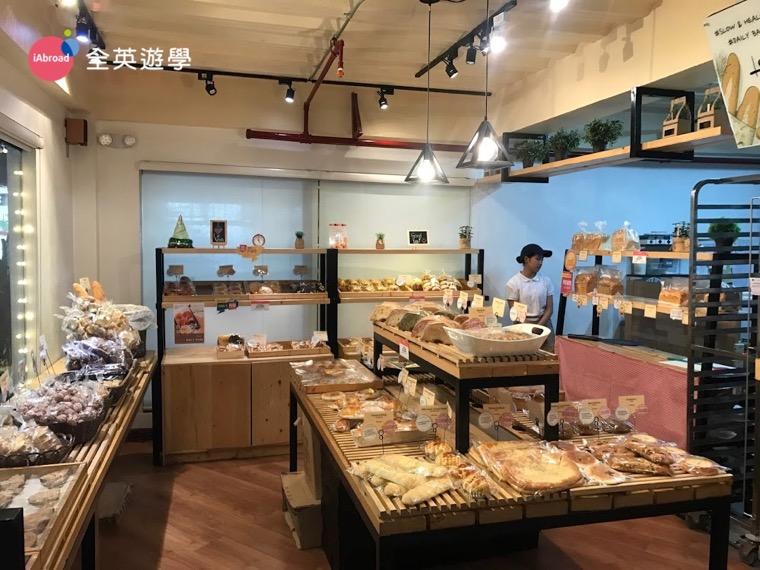 ▲ 碧瑤 Le Vain 韓式麵包店的品項蠻多的,甜的鹹的都有,也有現煮咖啡