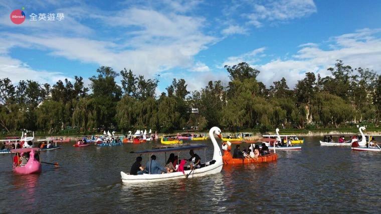 ▲ Burham Park 划船也是碧瑤遊學必備旅遊行程~