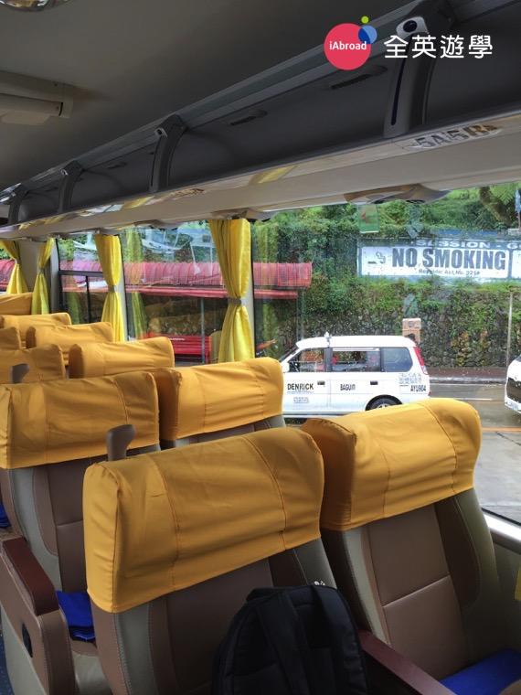 ▲ 新版的Joy Bus (碧瑤歡樂巴士) 上的電視也變讚囉!從以前的類比小電視,變成大的液晶螢幕電視囉!