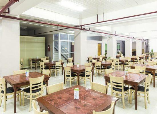 PINES Chapis 學校餐廳