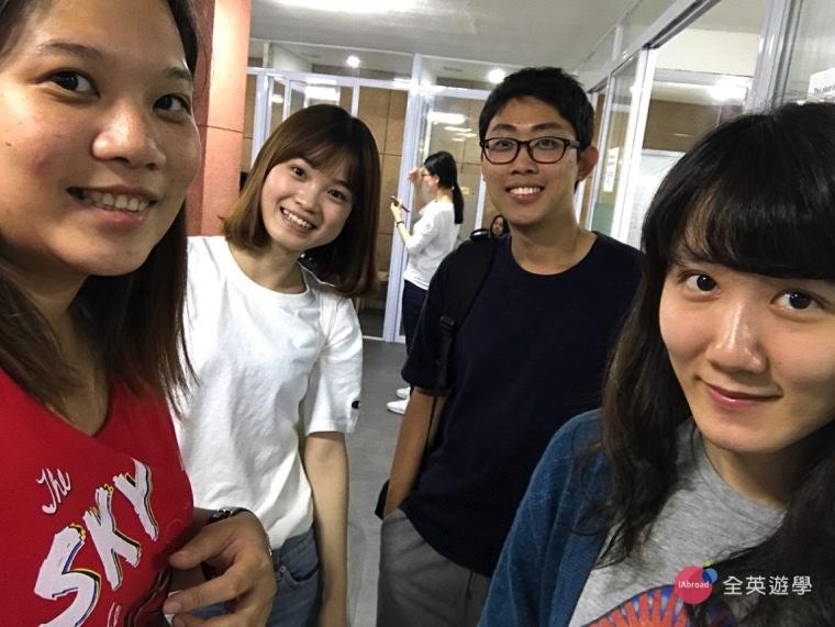 ▲ Elaine、Simon、Mila都是我們全英的學生唷!