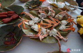 《English Fella 語言學校》週末活動,Nalusuan Island 海上餐廳,新鮮的蟹肉!