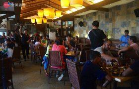 全英暑期遊學團,Crown Regency 餐廳吃 Buffet