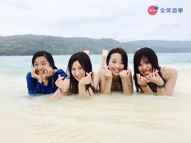 ▲ 宿霧的沙灘上享受日光浴,其實蠻享受的~