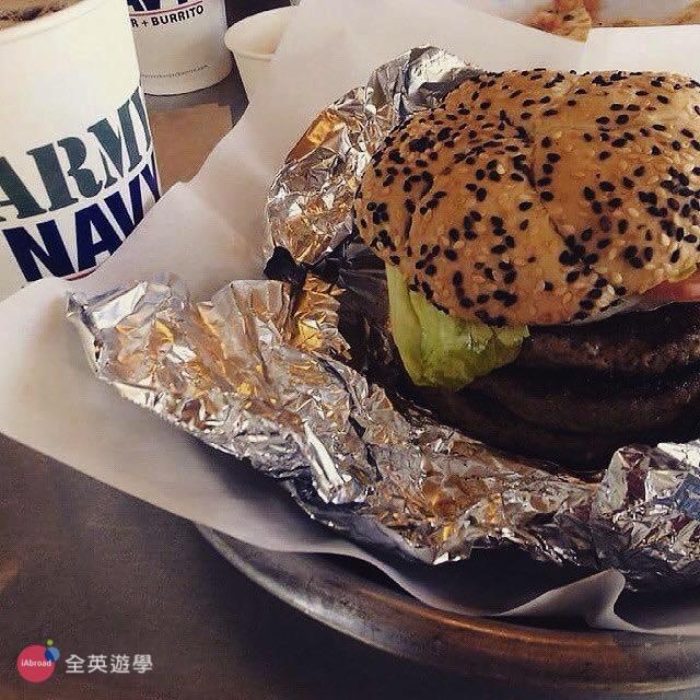 ▲ 碧瑤 Army Navy 是美式餐廳,我推薦吃他們的漢堡,漢堡肉超好吃~