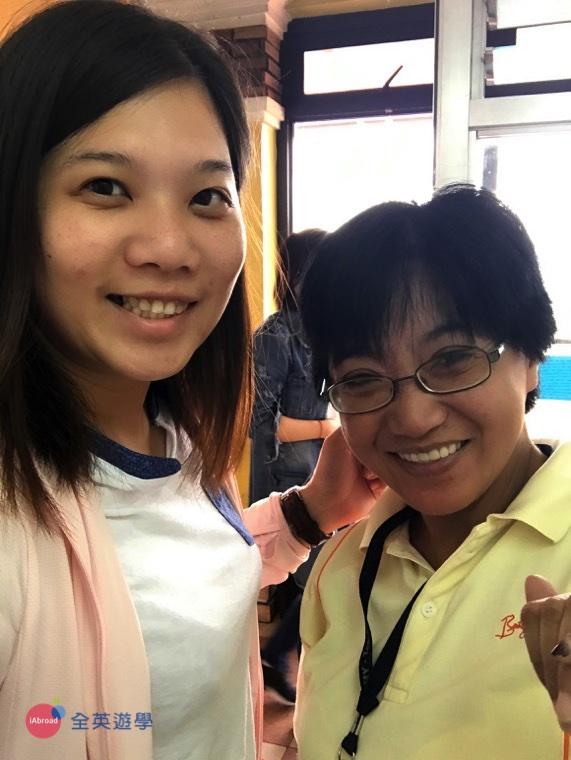 ▲ 我和 多益校區的老師 Teacher Binn