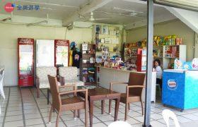 《English Fella 語言學校》 福利社,有賣很多零食、泡麵跟飲料