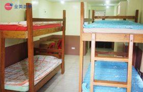 《Baguio JIC 語言學校》斯巴達初級英文校區 (IB) 學生宿舍四人房