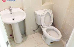 《Baguio JIC 語言學校》斯巴達初級英文校區 (IB) 學生宿舍廁所&衛浴設備
