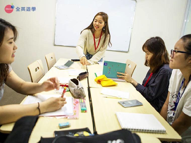 《IDEA Cebu 語言學校》小班制團體課