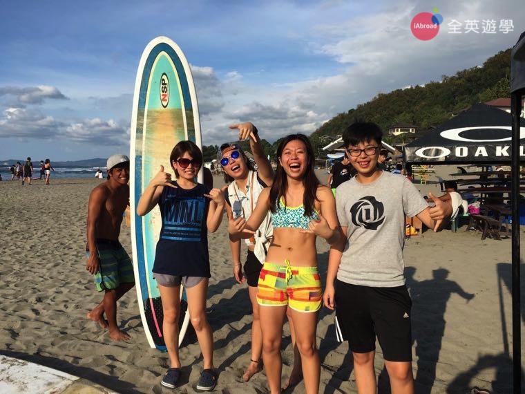 ▲ 第一次在菲律賓碧瑤體驗衝浪,超刺激的啦!