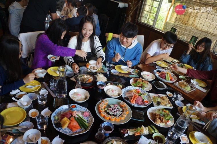 ▲菲律賓碧瑤 Chaya 餐廳,豐盛的日式料理