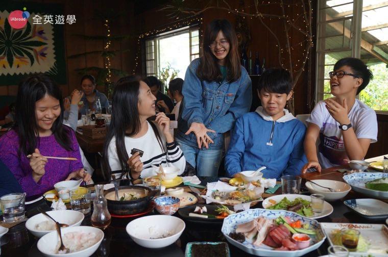 ▲ 碧瑤 Chaya 餐廳的美食,猜拳贏的才能吃!