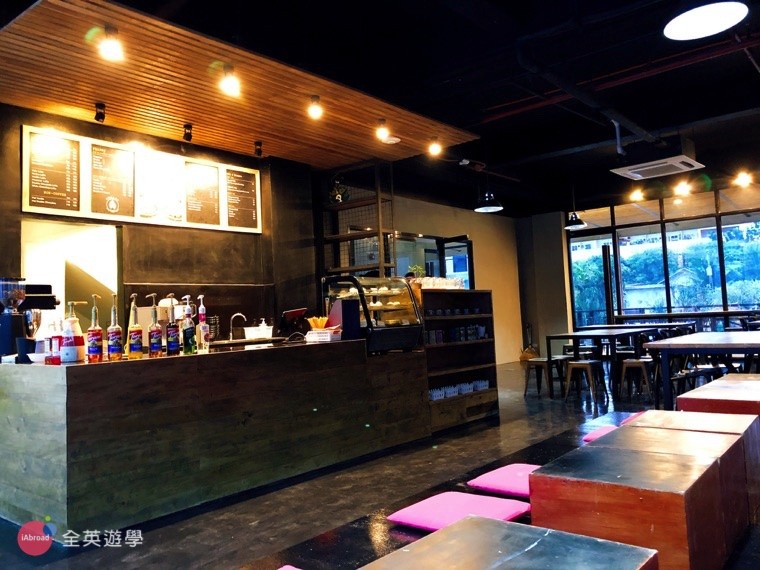 EV 語言學校宿霧親子遊學推薦斯巴達課程_咖啡廳2
