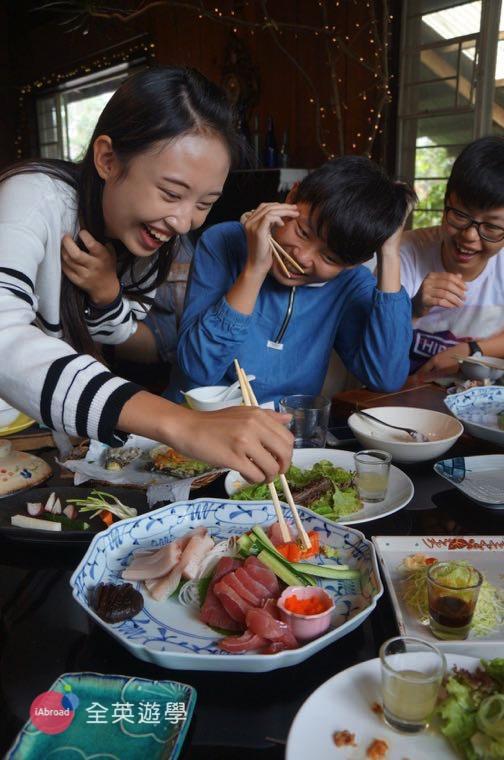 ▲ 碧瑤著名的 Chaya 餐廳美食,新鮮的生魚片~