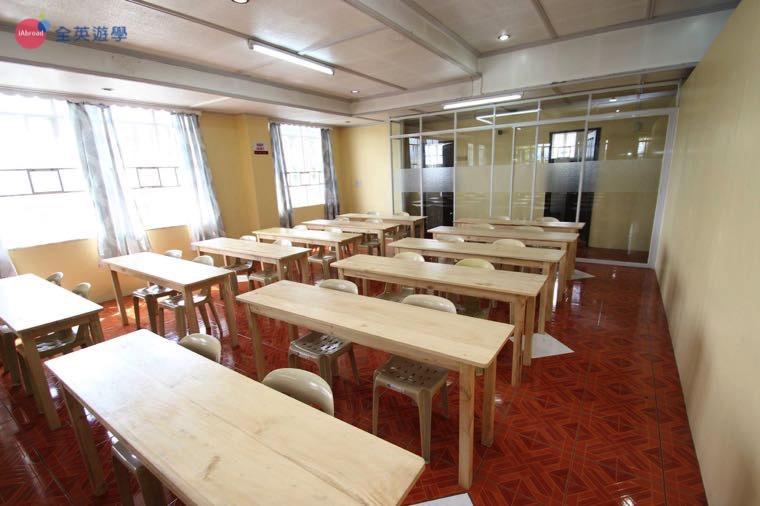 《A&J e-EduDC 語言學校》會議室,學生測驗都在這邊舉行