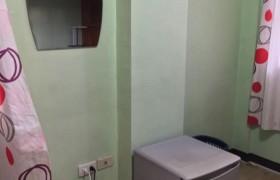 《A&J e-EduDC 語言學校》學生宿舍單人房,提供冰箱