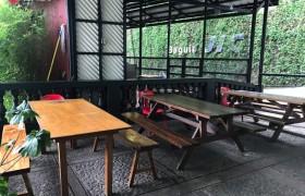 《Baguio JIC 語言學校》學生餐廳外面也可以用餐