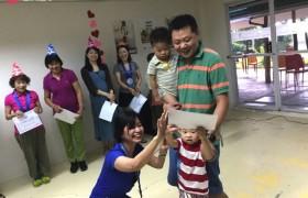 《First English 語言學校》適合親子遊學,很多爸媽都會帶著小孩一起來學英文~