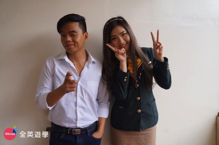 ▲ 我和 Monol 語言學校航空英文的老師,專業空姐面試指導
