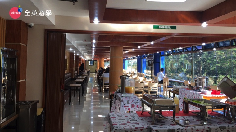 ▲ 可以邊看風景邊吃飯的學生餐廳