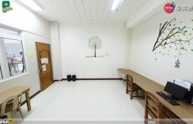 《PINES 語言學校》Chapis 電腦教室