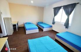 EG 四人房 (床鋪、桌椅、衣櫥、冰箱)