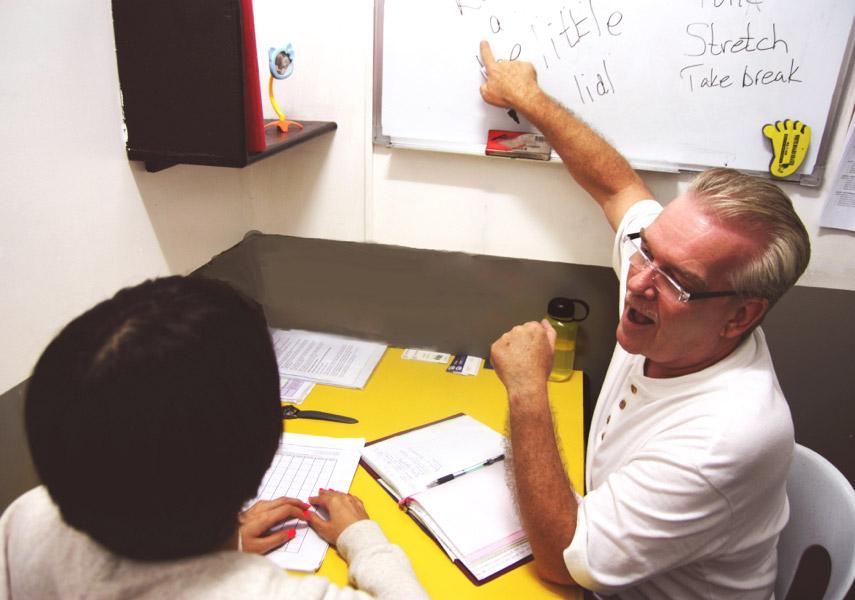 菲律賓遊學一對一家教式教學,客製化學習英文效果最好,馬上開口說英文
