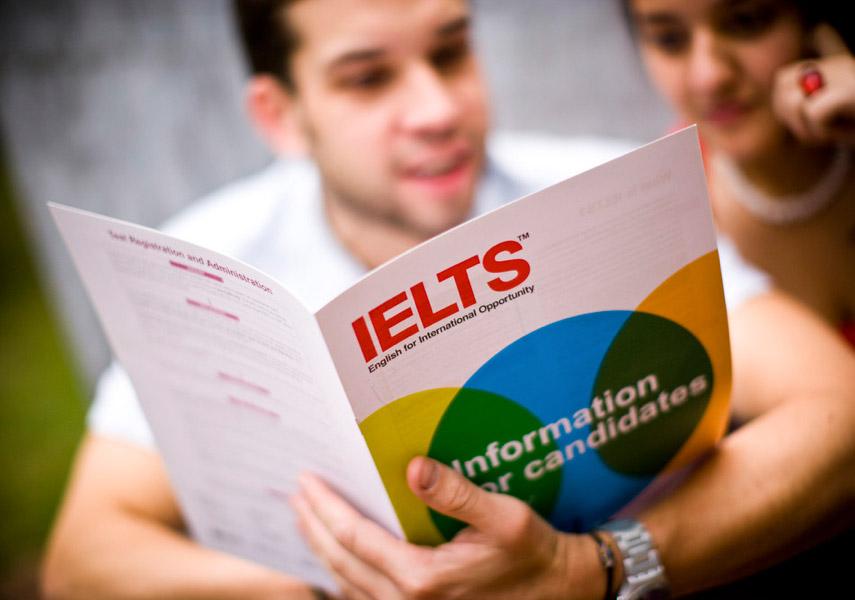菲律賓遊學提供雅思、多益、托福、劍橋各種證照英文保證班課程,適合未來計畫出國留學升學,或轉職的小資上班族