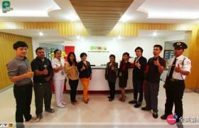 《PINES 語言學校》Chapis Staff
