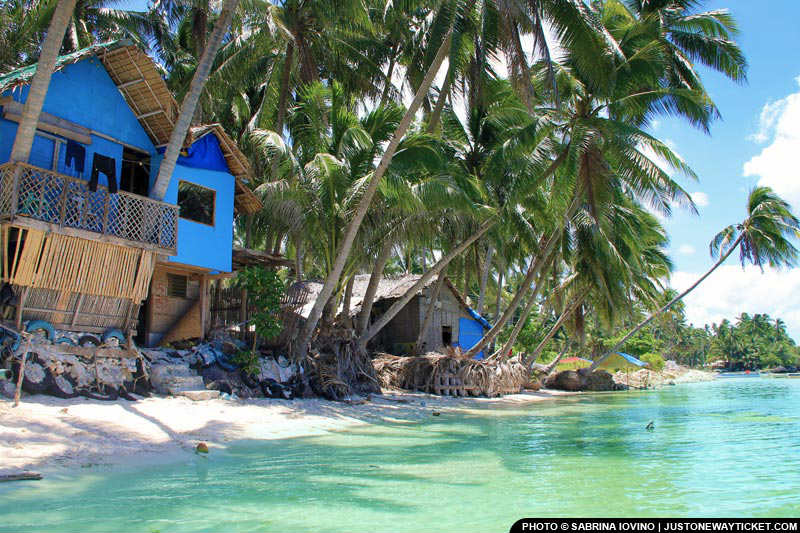 菲律賓的海濱小屋,每晚只要台幣300  Stay beachfront for less than $10:night