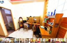 《TALK 語言學校》TALK E&E多益校區 三人房 (床鋪、桌椅、衣櫥、獨立衛浴、鏡子)