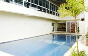 CELI 游泳池-2