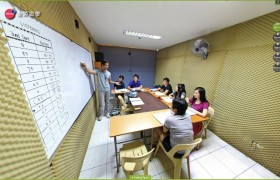 SME語言學校教室上課實況-10