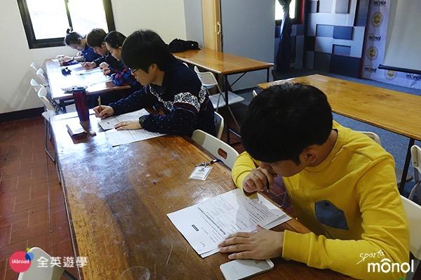 ▲ 菲律賓的很多學校每天都有考試