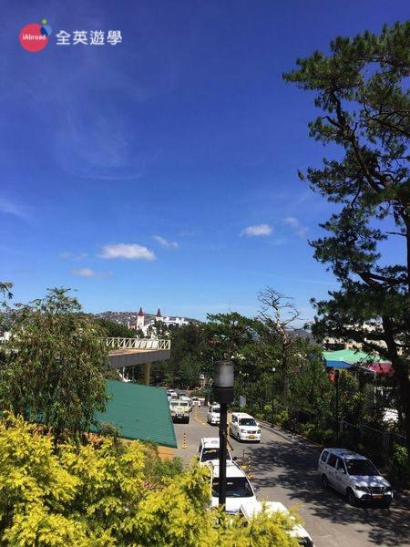 菲律賓遊學日記,我在碧瑤Monol 語言學校念斯巴達,沒想到在碧瑤遊學也可以跳島,就在Hundred island,碧瑤景點推薦~全英遊學