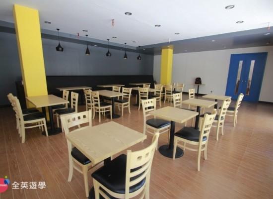 Blue Ocean 學校設備 (咖啡廳、健身房)
