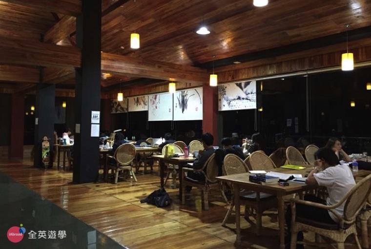BECI 碧瑤學校學生交誼廳,學生晚上都來這裡唸英文