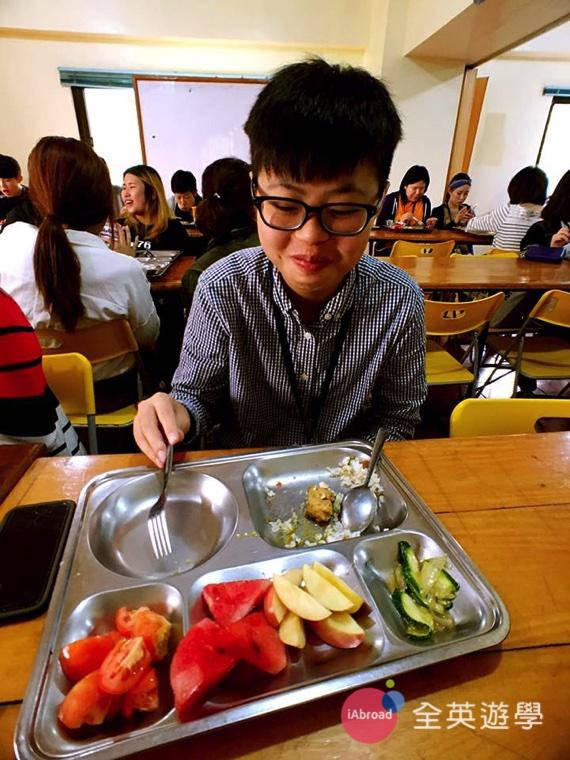 全英寒假遊學團日記 - 學校三餐吃什麼 -4