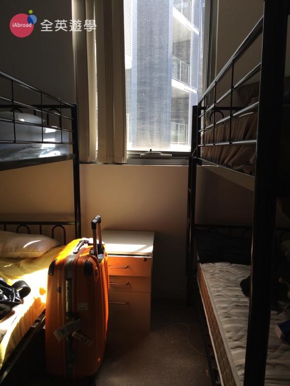 ▲ 這裏是 Celine 即將要居住的房間。看起來乾淨採光也充足,感覺會是個溫暖的家