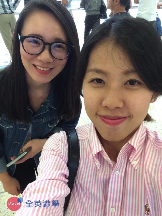 ▲ 先來一張合照囉~讓 Celine遠在台灣的家人們安心~