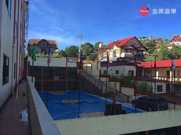 ▲ Monol 學校的籃球場
