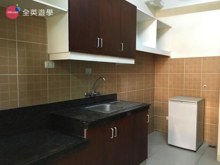 SMEAG 宿霧學校-多益托福校區-學生宿舍-廚房
