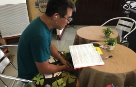 SMEAG-宿霧學校-多益托福校區-小江多益遊學記,認真的小江正在讀英文!