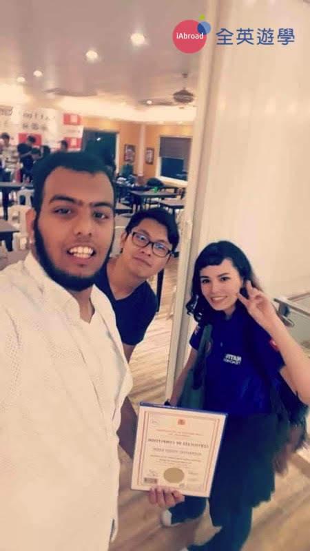 ▲ Jessie 老師和我的阿拉伯同學