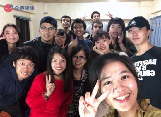 Ninie 碧瑤遊學心得:Monol 四周求職英文,大大提升英語面試的專業與自信,進外商工作必看!